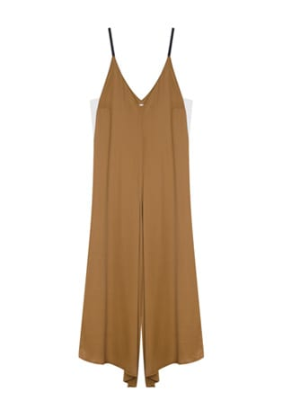 Shop The Shoot 70s throwback: The free-flowing, Elegant Jumpsuit