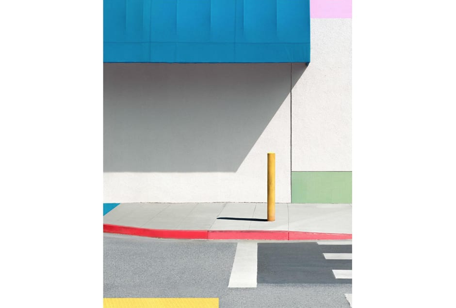 GEORGE_blue_awning_with_yellow
