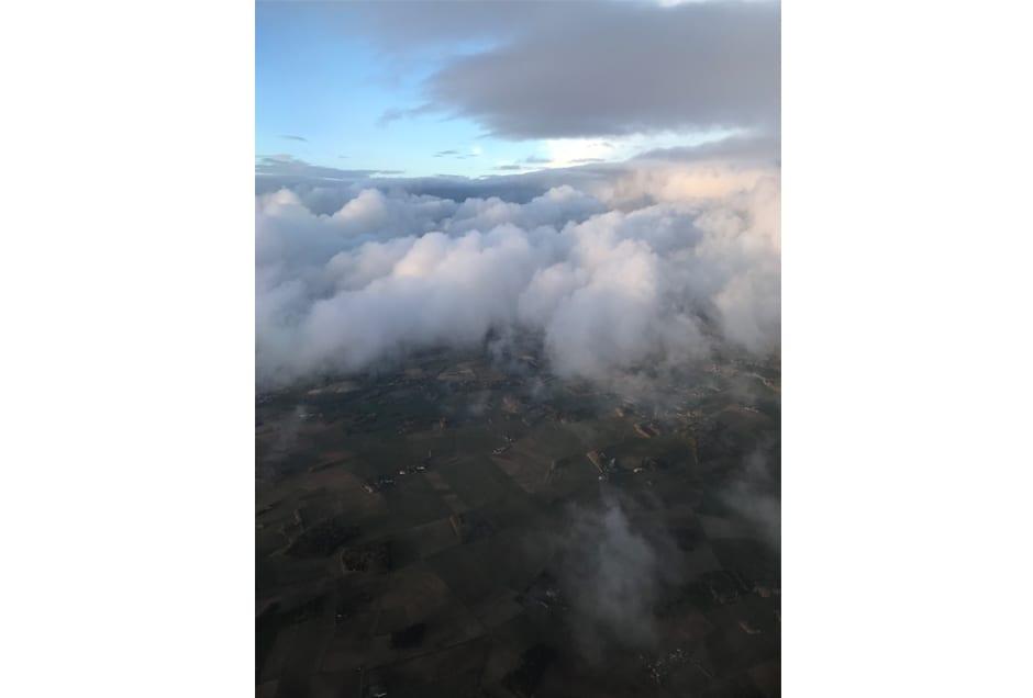 ANNA_GRAY_Airborne