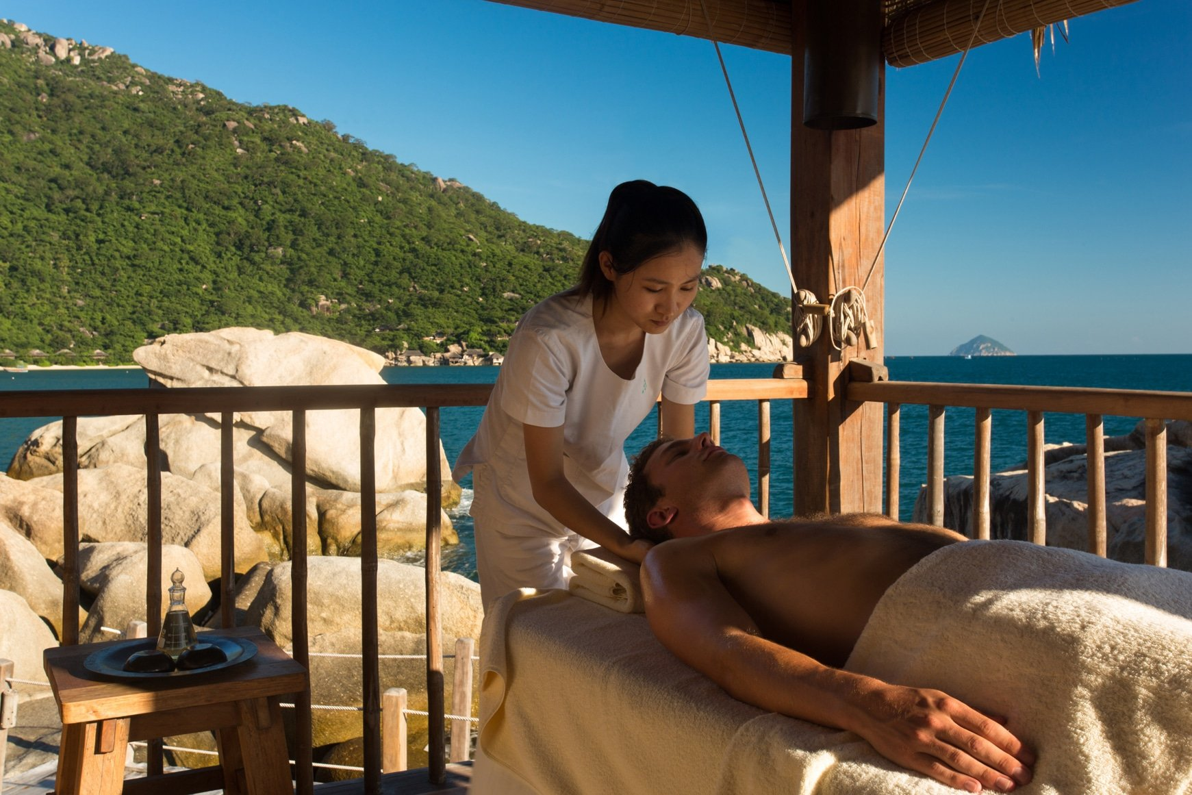 Rock_Retreat_spa_treatment