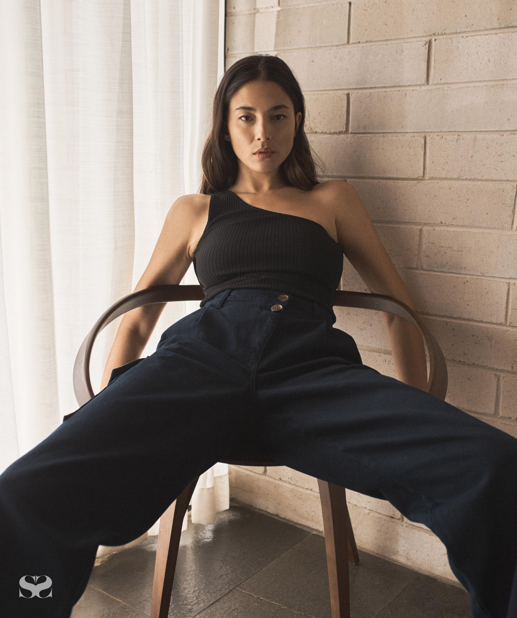Jessica Gomes sitting