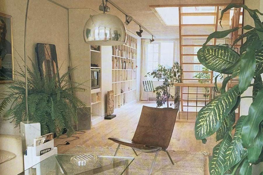 The 80s interior