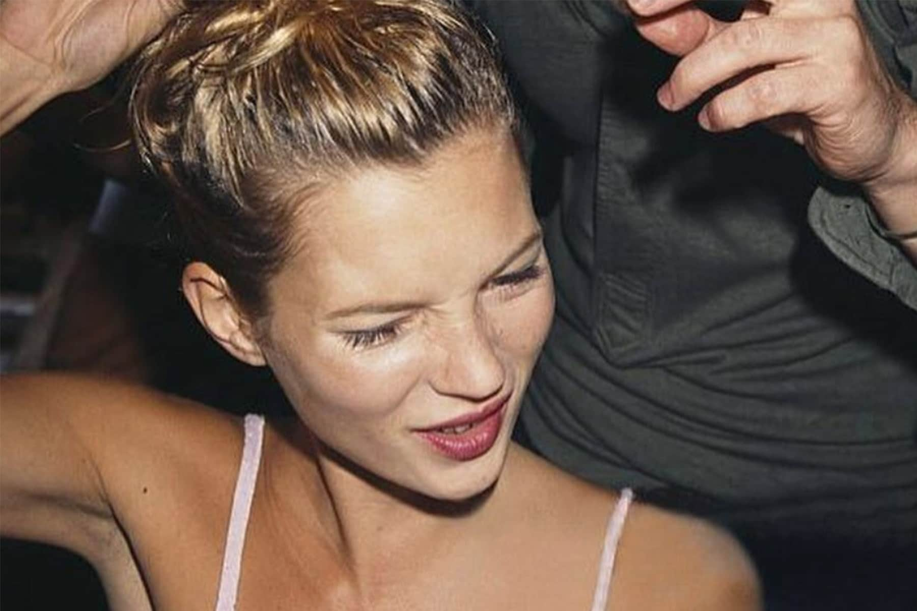 kate-moss-90's-style